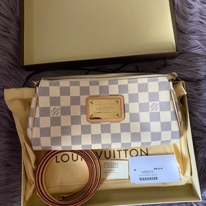 Rare Authentic Louis Vuitton Eva Clutch